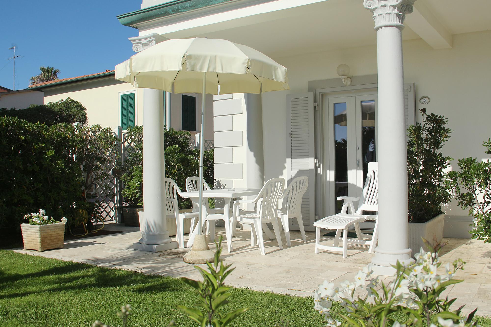Residence-Toscana-Mare-Giardino